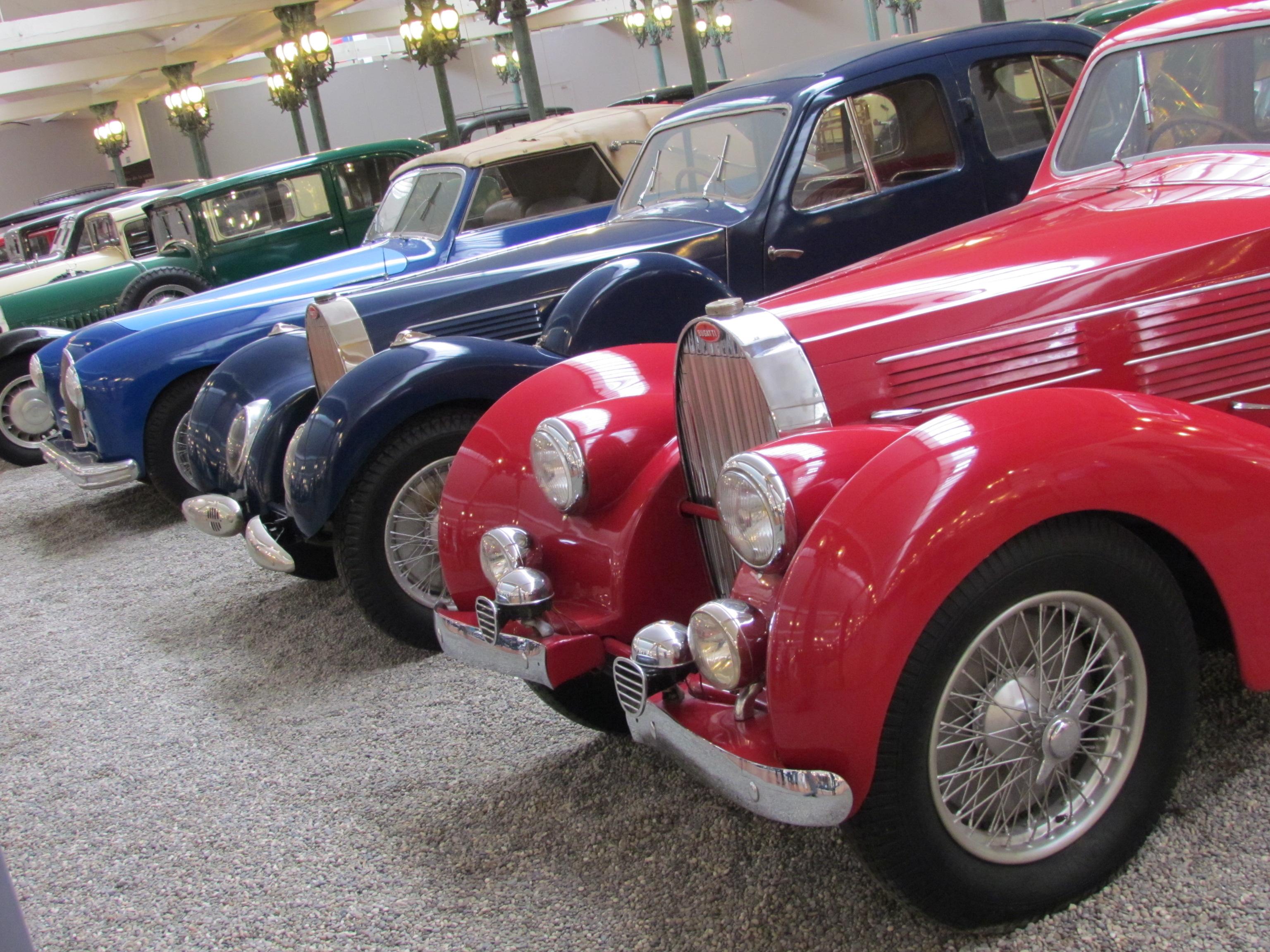Motor Show Fotogalera Una Visita A La Coleccin De Bugattis Ms Andrew Smith Red Denim Merah 32 Grande Del Mundo